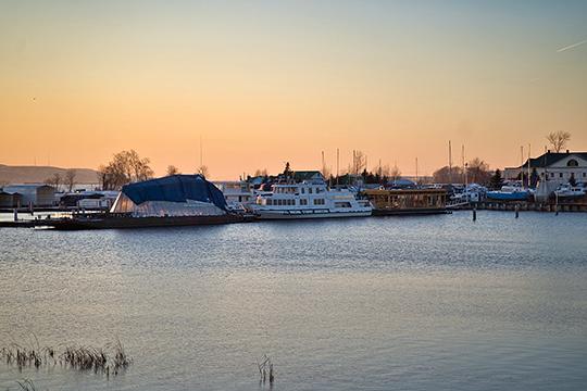 На полуострове Локомотив в 2020 году начнется крупномасштабное строительство в границах существующего с 2000-х годов яхт-клуба на ул. Альфреда Халикова
