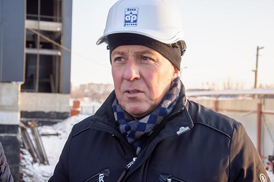 Евгений Вайнер рассказал, что строящийся комплекс, который планируется запускать в две очереди, будет включать в себя фитнес-центр клубного формата на 4 тыс кв метров и термальный комплекс на 1,5 тыс. квадратов