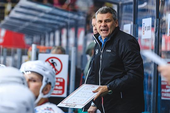 По одной из версий, игрок просто не подходит под систему игры нового главного тренера «Ак Барса» Дмитрия Квартальнова