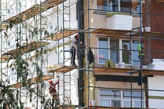 УФАС посчитал, что компании заключили устноесоглашение, чтобы поддержать нужныеценынапяти аукционахисполкома— наобновление инженерных систем многоквартирных домов, ихфасадов, электросетей ипрочего