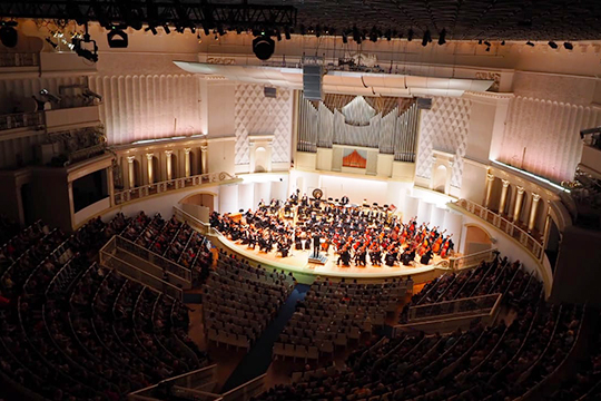 «Не все люди могут переживать концерты классической музыки в зале. Пока ничего лучше записей (а уж тем более видеозаписей) для популяризации классической музыки не изобрели»