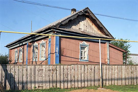 «Допустим, стенд около дома Минтимера Шариповича (на фото) будет рассказывать обэтом доме»,— уточнил Явхута