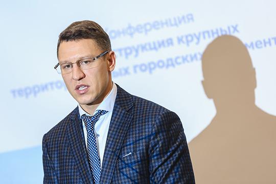 В последние годы к территории Адмиралтейской слободе наблюдается огромный интерес и связан он с тем, что площадка очень перспективна для дальнейших изменений, заметил Сергей Миронов