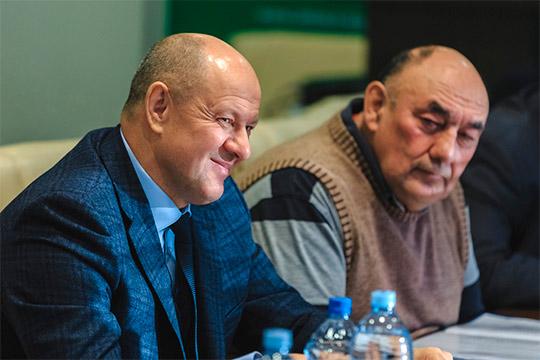 Халил Шайхутдинов (слева)