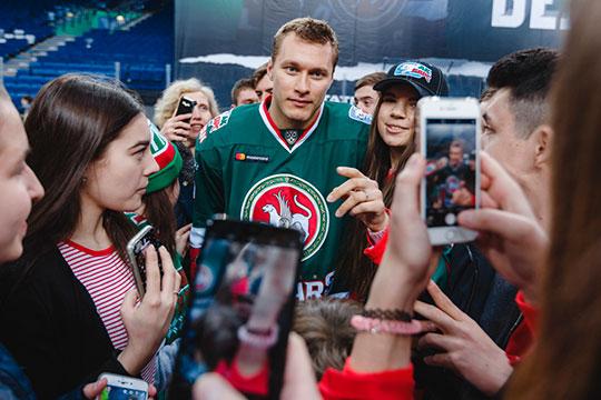 Главное событие этой зимы в КХЛ — обмен Владимира Ткачева из «Ак Барса» в «Локомотив»