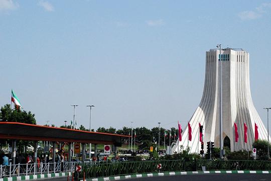 Иран – страна с 80-ю миллионами населения, образованного, это развитая современная диверсифицированная экономика, даже в условиях санкций. Иран входит в ТОП-10 стран по количеству научных исследований в области нанотехнологий