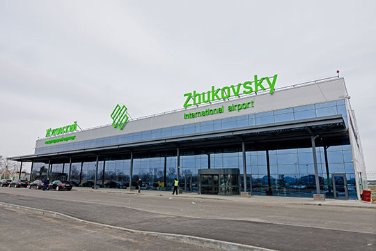 В 2008 году на аэродроме «Раменское» решили создать международный аэропорт. В 2016-м новая воздушная гавань заработала