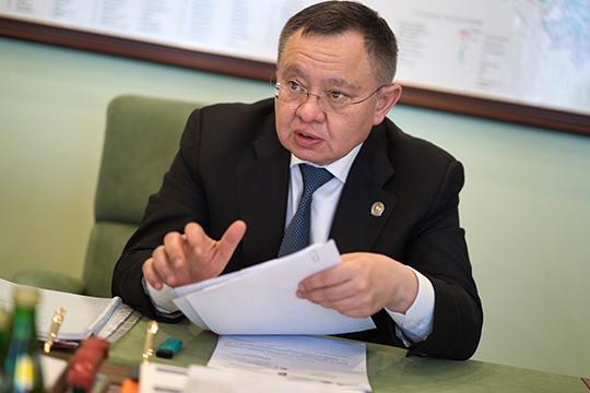 О назначении Ирека Файзуллина первым заместителем министра строительства и жилищно-коммунального хозяйства РФ стало известно спустя два дня после того, как был объявлен новый состав правительства РФ