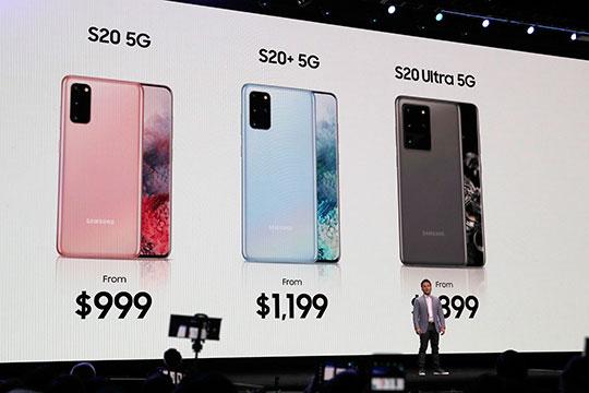 «Начинается новая эра в истории смартфонов», — с этих слов накануне в Сан-Франциско открылась презентации новых продуктов южнокорейской компании Samsung