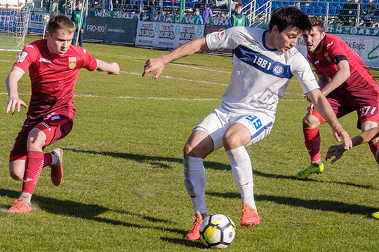 Лишний вес футболиста лишил КАМАЗ 300тысяч евро: ЦСКА отказался отКараева