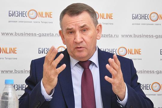 Виктор Суворов: «Разве можно в городе с полумиллионным населением иметь только одно самостоятельное высшее учебное заведение и три с половиной филиала?!»