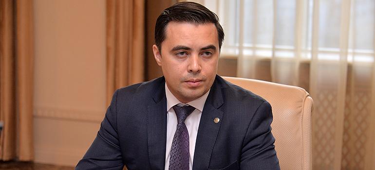 1. Ренат Гайнутдинов