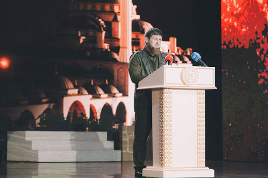 5 октября глава ЧечниРамзан Кадыровотпраздновал свое 42-летие, в этот же день прошли праздничные мероприятия, приуроченные к более масштабной и значимой дате — 200-летию основания города Грозный
