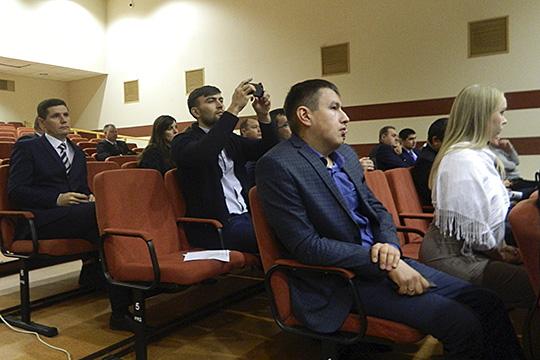 На семинар были приглашены руководители средних предприятий, выручка которых колеблется в переделах от 800 млн до 30 млрд рублей