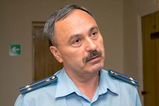 ПрокурорСтепан Спиридоновходатайствовал очтении показаний Варламова напредварительном следствии