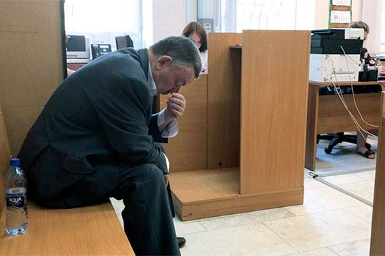 «Советский районный суд Казани принял решение назначить ему (Ильгизяру Галееву)наказание, несвязанное слишением свободы.Как видите, жизнь-то показала, что суд был прав»
