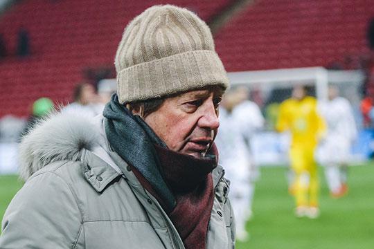 Перед матчем Юрий Палыч улыбался ицвел, ноуходил споля весь продрогший, укутанный инедовольный