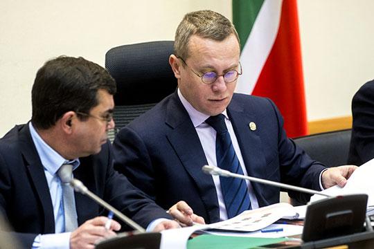 Перевозчики сомневаются, что новый шеф госкомитета по тарифам Александр Груничев вообще будет рассматривать всерьез их обращение. Но факт остается фактом — тариф не поднимали с 2016 года
