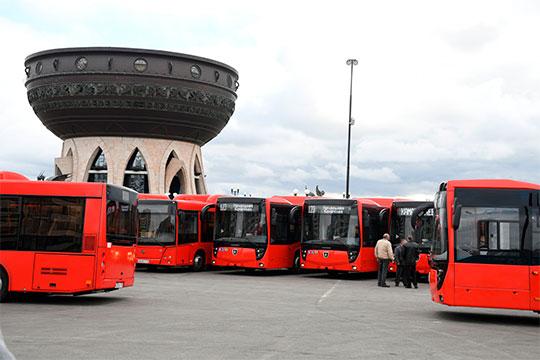 «Если частные предприятия вКазани, согласно контракту сисполкомом, обязаны закупать большие автобусы— вСамаре отсутствует напрочь. Имдостаточно «фордиков» и«пазиков»— аони существенно дешевле»