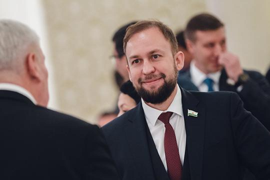 Виюне 2018 года комиссия татарстанского УФАС признала 9 компаний Альмира Михеева виновными внарушении п.2 ч.1 ст.11 закона «Озащите конкуренции»
