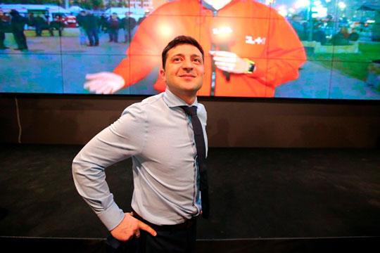 В том, что комик Владимир Зеленский победил в первом туре именно 1 апреля, есть своя безукоризненная логика