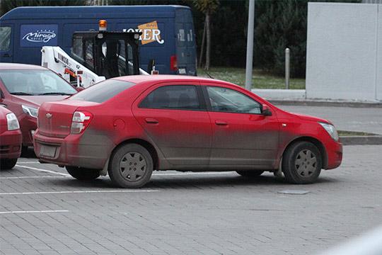 Мэр Казани попросил автолюбителей помыть свои машины