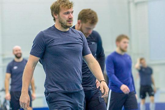 Бывший хоккеист «Ак Барса» Дмитрий Обухов напал на девушку