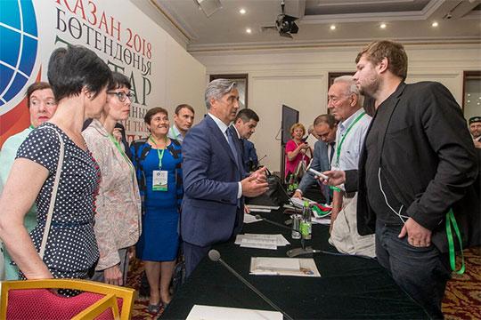«Важно, чтобы татары, согласно закону РФ и других стран своего проживания, организовывали автономии, центры и диаспоры, а мы работаем через них с каждым татарином»