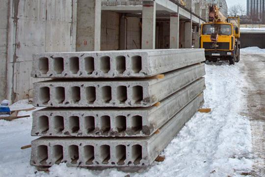 Завод ЖБИ производил200 куб. мвсутки высококачественного товарного раствора;200 куб. мвсутки доборного железобетона и720 кв. мпустотных плит перекрытий