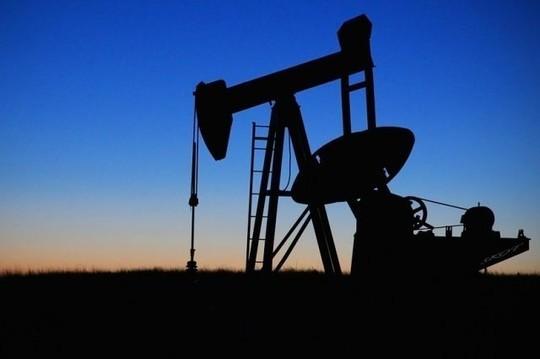 «Добыча природного газа в апреле 2019 года выросла не на 16%, а всего лишь на 2,6%, рост добычи нефти усох втрое — с 7,4 до 2,5%, а параллельно вдвое уменьшился прирост производства товарного бетона»