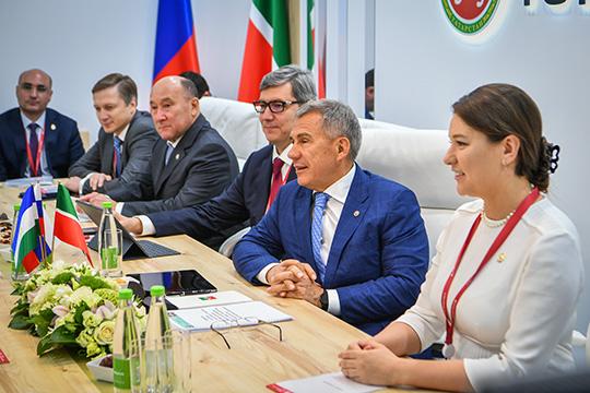 «Только за6-е число было 36 встреч!»: Татарстан «подписал» наПМЭФ 75млрд рублей