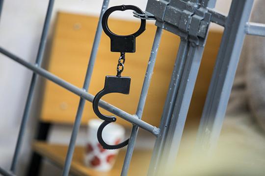 11июня Гаврилову доставили вСКР, где после непродолжительной беседы объявили— она задерживается вкачестве подозреваемого