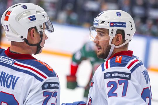 У Вячеслава Войнова тяжелая ситуация. Он пропустил весь прошлый сезон в надежде вернуться в НХЛ