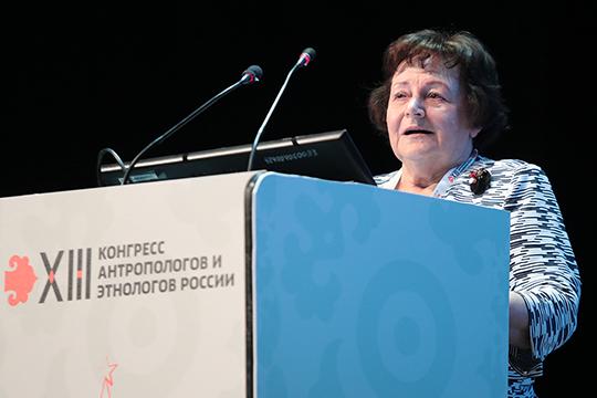 Леокадия Дробижева вспоминала, что либералы всвое время говорили— российской идентичности неможет быть, потому что нет гражданского общества