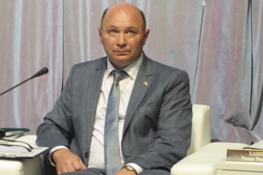 Камаев отметил, что далеко невсе фермеры врайоне имеют возможность наладить сотрудничество сторговыми сетями. Онпризвал активнее объединяться всельскохозяйственные потребительско-сбытовые кооперативы