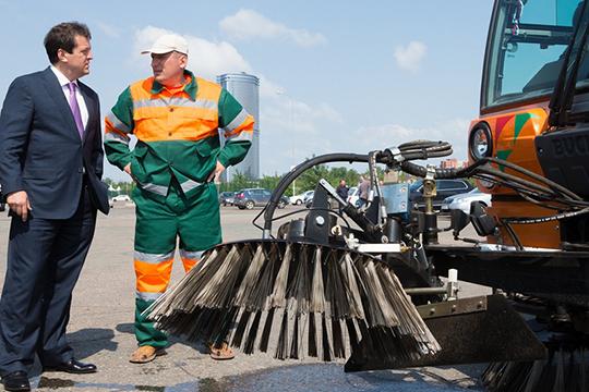 Вопрос для Радия Хабирова: естьли вКазани особый опыт уборки дорог?