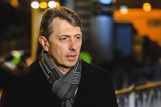 Председатель комитета внешнего благоустройства Игорь Куляжев рассказал, как функционирует казанский «комбайн» содержания дорог, который был реформирован относительно недавно