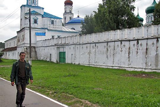 В 1997 году администрация Зеленодольского района закрепила в постоянное бессрочное пользование за Раифским спецучилищем 23,3 га земли