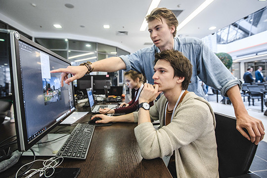 Наиболее популярными среди молодежи республики оказались специальности программиста (поэтому профилю пойдут учиться 16% выпускников) иврача (13%)