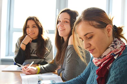 Массовое тестирование в рамках проекта «Билет в будущее» стартовало в школах Татарстана. Наша республика вошла в число 36 российских регионов, где будут проводиться погружение в профессию