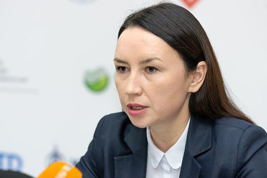 Альфия Кондрабаева: «Люди спрашивают, почему у нас самое дорогое тепло. В общем начислении 9 миллиардов рублей за год более 3,5 миллиардов составляют начисления на отопление. В зимних месяцах они составляют до 60%»