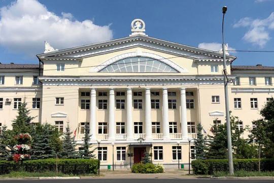 Для разнообразия на торги Минэкологии РТ все же смогли пробиться несколько подрядчиков из Москвы