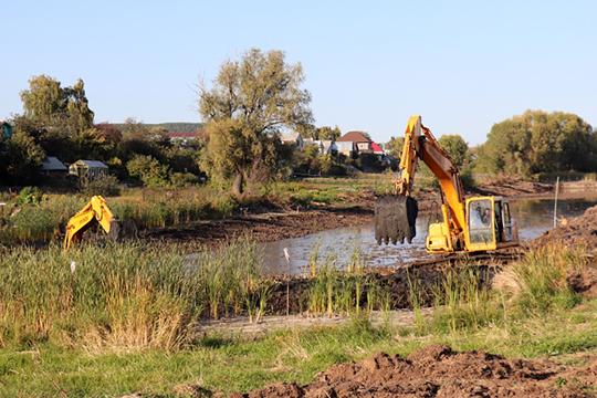 В разные годы «СтройАльянс» ремонтировал по заказу министерства ГТС, чистила и спрямляла русло рек Танайка, Брысса, Улема
