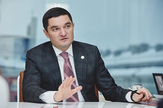 Винтервью Миннахметоврассказываловзаимодействии сCarcıoglu Group: «Разливаем нашу продукцию наместном заводе. Даже запланировали заработать там вэтом году порядка 90миллионов рублей»
