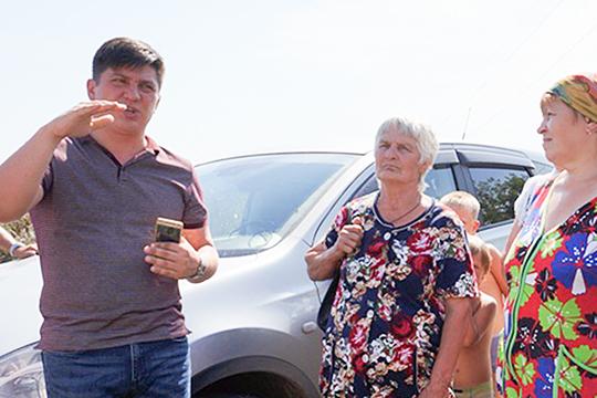 Входе совместной операции СКР ицентрального аппарата УБЭП задержан руководитель АО«Выскогорские коммунальные сети»Руслан Алиев (слева на фото)