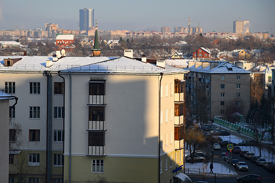 «Среди покупателей «вторичных» квартир теперь не только желающие жить в них, но и инвесторы, для которых «первичка» уже не столь интересна, как это было год назад»