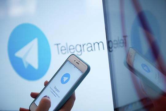 «Ясам пользуюсь мессенджером Telegram, икогда мне говорят, мол, дамывсе знаем, все можно взломать, яговорю: давайте, вперед, мой аккаунт вызнаете. Чтож вытогда занимаетесь тем, чем сейчас занимаетесь?»