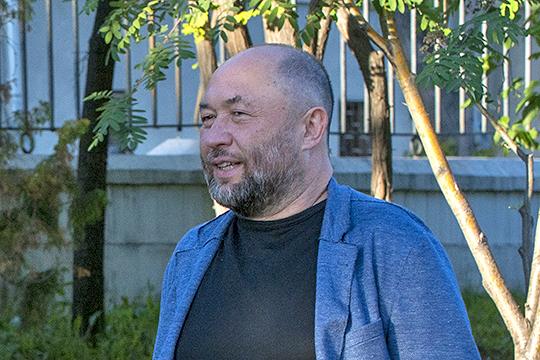 «Меня позвали вофис «ВКонтакте» итам познакомили сТимуром [Бекмамбетовым], зная, что уменя есть интересные стартапы. Так мысмоими друзьями сним ивстретились, пообщались»