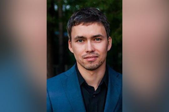 Адель Губайдуллин был участником проекта «Клуб судебных дебатов», в котором героически побеждал москвичей