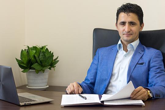 Рустам Гарифуллин из тех, кто не будет лукавить клиенту, обрисовывая возможный исход дела